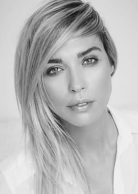 portrait-blouse_gre